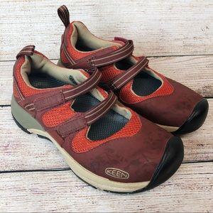 Keen Women's Closed Toe Light Hiking Sandal